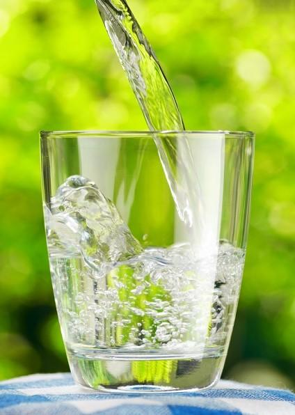 Làm thế nào để vệ sinh thiết bị lọc nước uống trực tiếp?